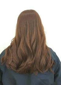 一组女生长卷发发色与发型参考图片