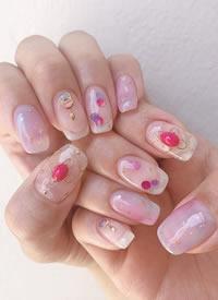 又仙女又日常的颜色要属裸粉色了吧