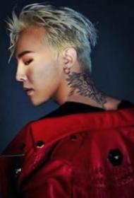 权志龙纹身图片-9款纹身帅哥权志龙的照片欣赏