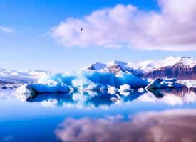 优美的山脉雪景图片桌面壁纸