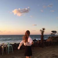 女生海边头像