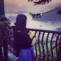 泡沫就像风一样飘过