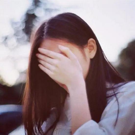 遮脸好看的清纯女生唯美贴吧头像大全