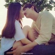 唯美情侣qq接吻头像一男一女图片