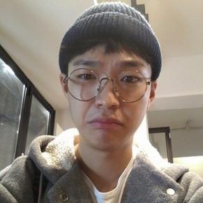 韩范儿男生自拍真人微博微信头像图片