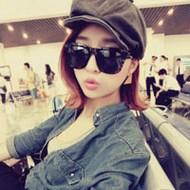 戴帽子的潮流个性女生微博头像图片