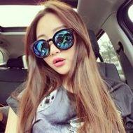 戴墨镜的霸气女生qq时尚潮流头像图片