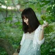 小清新美女森系女生唯美微信头像图片