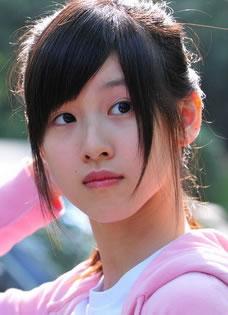 奶茶妹妹章泽天昔日写真照 超凡脱俗的美丽
