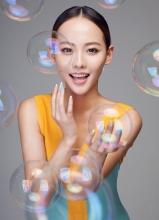 张嘉倪最新杂志时尚大片 百变造型过目难忘