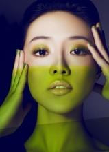 邓家佳登《精品》beauty封面完美演绎色彩理念与中性风格
