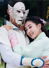 兰陵王妃曝新照 张含韵陈奕演绎唯美虐恋