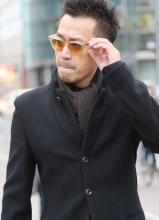 王学兵柏林街拍 时尚帅气尽显熟男魅力