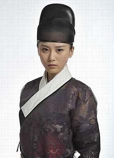 刘诗诗刘亦菲 女星帅气男装赛潘安