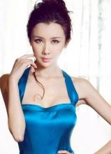 孙菲菲变身蓝色妖姬 妖娆魅惑美艳动人