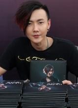 黄义达带病举行新专辑Heart Disk签唱会