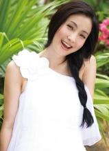 小陶虹海边魅力写真 演绎百变女王
