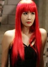 《雷普利小姐》李多海新剧大胆变身 红发配红唇美艳性感