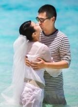 陈建斌蒋勤勤结婚8周年 补办婚礼浪漫湿吻