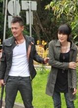 林峰、官恩娜负伤拍《雷霆扫毒》追捕枪战戏