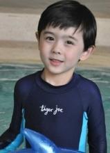 中美混血小帅哥Alex 被称林志颖尼坤结合体
