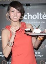 梁咏琪出席品牌活动 分享与老公的厨房甜蜜