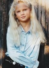 泰勒·斯威夫特儿童时期旧照曝光