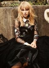 泰勒·斯威夫特时尚复古写真 唯美小清新