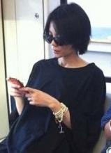 王菲张柏芝 明星挤地铁照爆红网络