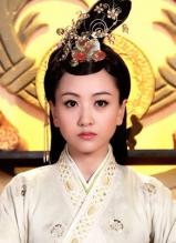 杨蓉美妆华服演萧贵妃 与陈晓再续前缘