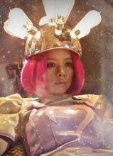 玛德2号曝徐若瑄辣妈版预告 变身梦幻机器人