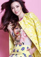 周韦彤靓丽写真 变身糖果女孩俏丽动人