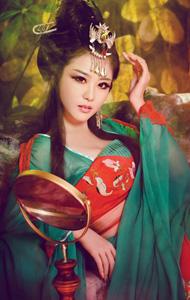 绿色妖姬古装写真图片 上演古典诱惑