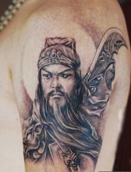 大臂个性的三国人物 关公纹身