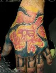 独角兽纹身图片:腿部3D彩色独角兽纹身图案