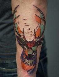 一款手臂水墨猴子纹身图案