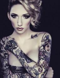欧美性感女性时尚纹身