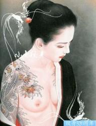 小妻要之日本女性半甲鲤鱼纹身作品欣赏