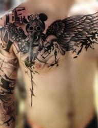 适合男士纹的一款超有个性的半甲纹身图案
