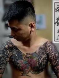 个性的判官纹身图像