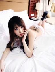 纹身美女私房大尺度写真