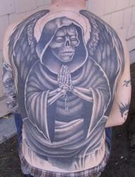 超有个性的满背死神纹身
