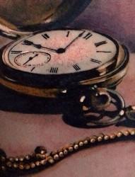 3d视觉逼真的时钟纹身