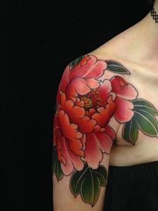 一组花中之王的漂亮牡丹花刺青