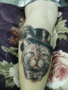 手臂美式大猫头像纹身非常可爱