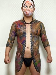 经典个性的日式双半甲纹身