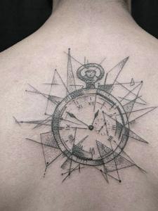 时间和几何点刺的个性图腾纹身