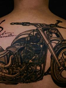 超级炫酷的一辆摩托车纹身刺青
