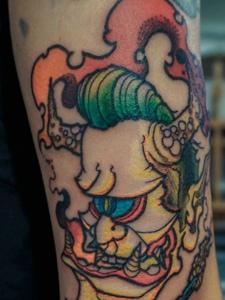 美式传统独眼般若纹身刺青