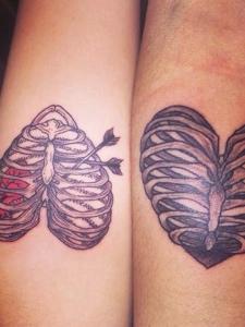 适合个性情侣的爱心图腾纹身刺青